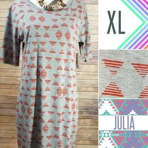 Julia dress  / Lularoe